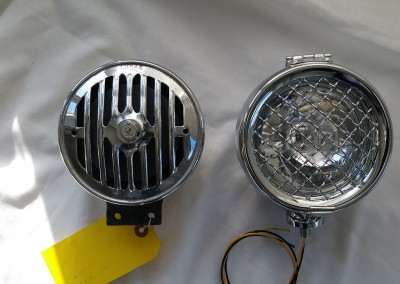image 7. QK 5.25 size comparison against a horn
